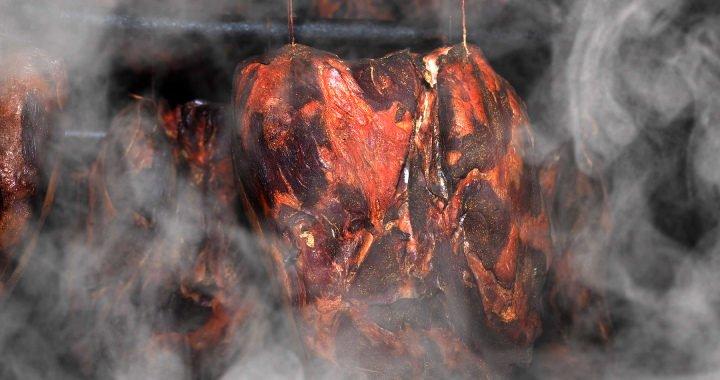 Uzení masa a nakládání